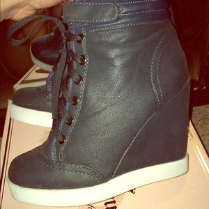 H&M Sneaker Wedges