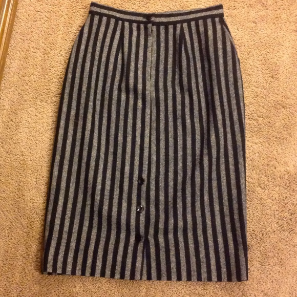 grey and black high waisted striped skirt see