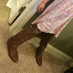 Brown boot bundle