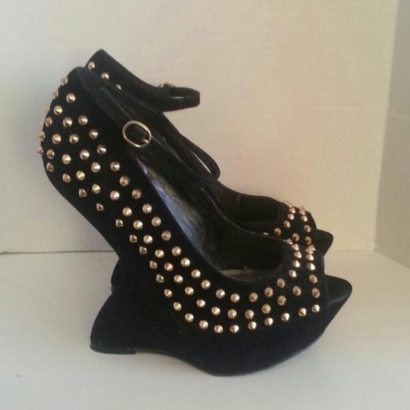 d7d0bb0653 Steve Madden Shoes | Studded Heels | Poshmark