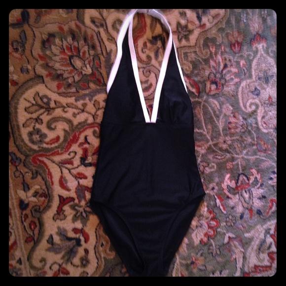 a2d5fa4c5ef La Blanca Other - LA Blanca by Rod Beattie bathing suit