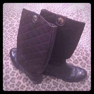 Tory burch quilted brown riding boots
