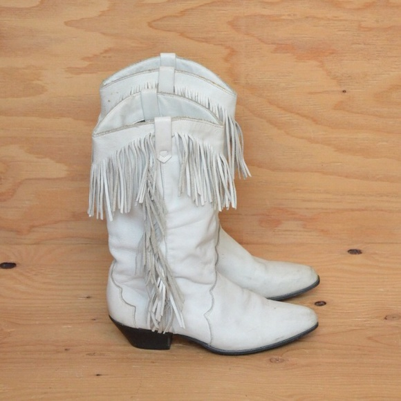 Vintage 80's White Fringe Cowgirl Boots SZ 8.5 8.5 from Romyn's ...
