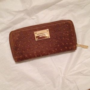 MICHAEL Michael Kors Clutches & Wallets - Michael Kors Leather Wallet