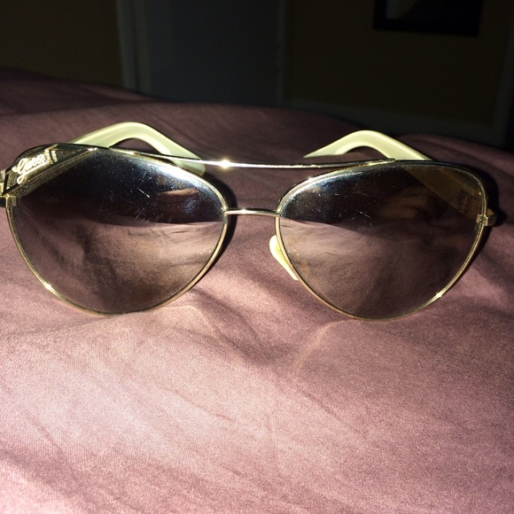 Guess Accessories - Guess Aviator Mirrored Sunglasses 882b601af7