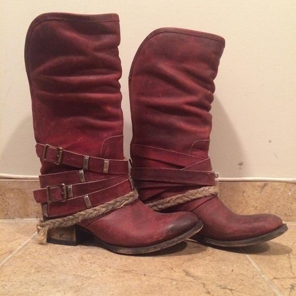 a7d7ce65ff8 Freebird DRAZEN Distressed Cowboy Boot