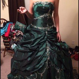 Emerald green quinceañera dress.