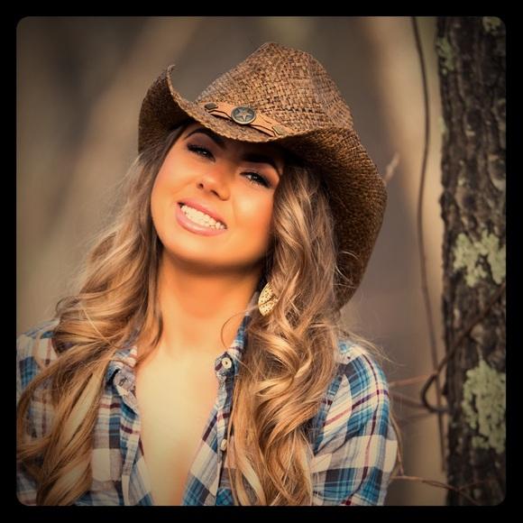 Beautiful sexy Cowgirl hat bbe7ed5fcf7