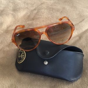 Limited edition Ray ban aviator