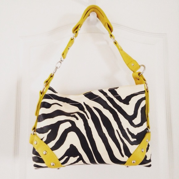 Zebra Print Shoulder Bag 39