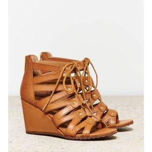 DV by Dolce Vita gladiator sandal, 8.5  can fit 9