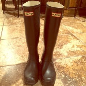 Hunter rain boot (chocolate brown)