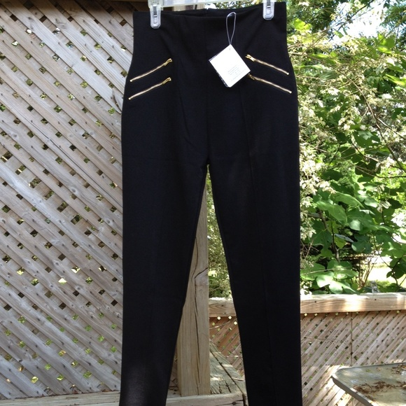 classic style of 2019 suitable for men/women best collection Black high waisted black legging w/gold zippers NWT