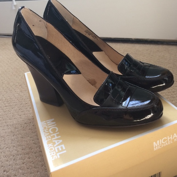 00e7268abcf Loafers Kors Patent Leather Shoes Heel High Michael Poshmark w8YfBqxY