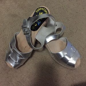 EUC Lotta from Stockholm silver clog sandal, 8.5/9