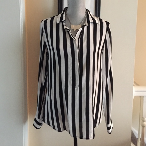 aee3bc27ee59d Vertical stripes silk blouse