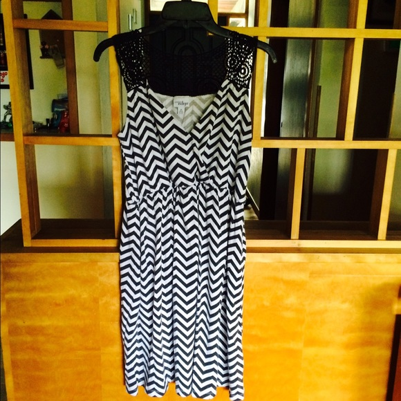 Great Northwest Indigo Fred Meyer Dresses Black White Chevron