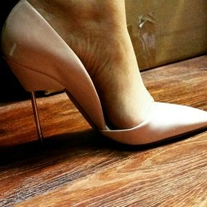 I found them my fabulous shoe's! Never worn! !