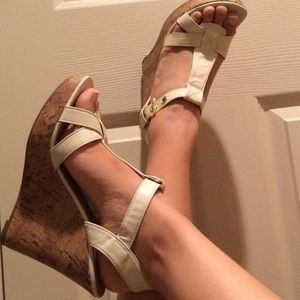 Classified Shoes - Cream wedges