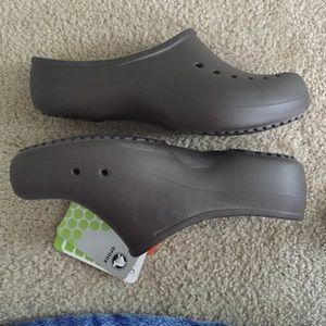 c7d5e4df179e9 crocs Shoes - Crocs tully women clog