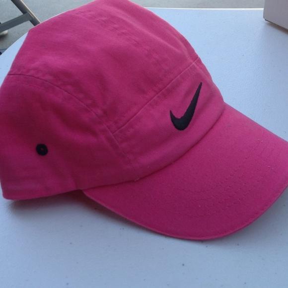 de8fecb03 Nike casual hot pink cap