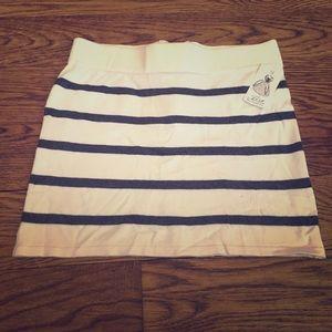 Brand New with tags. Striped mini skirt !