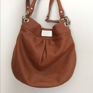 Marc by Marc Jacobs MBMJ Hillier Hobo in Tan