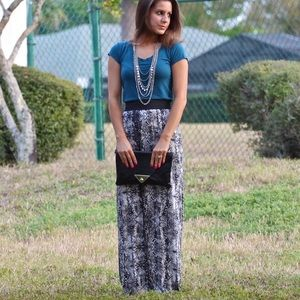 Dresses & Skirts - Black and white print maxi skirt