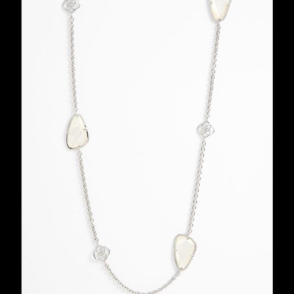 64bdcad16 Kendra Scott Jewelry | 1 Hour Flash Sale Kinley Long Station ...