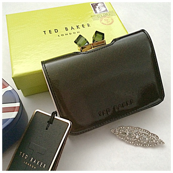 34 Off Ted Baker Clutches Amp Wallets Hp Ted Baker Kiss