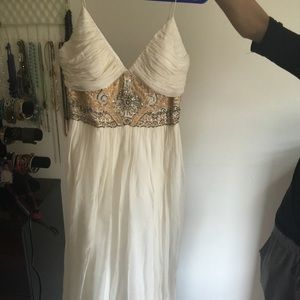 White long dress with sequin neck design