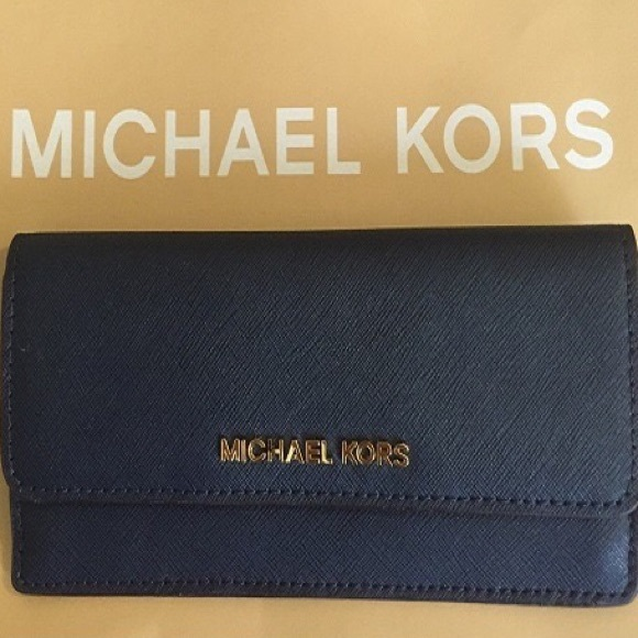 a4ca7bfb47a5b 🚫SOLD  MK women flat wallet