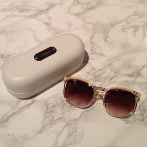 Chloe neutral sunglasses