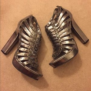 Jessica Simpson gladiator heels
