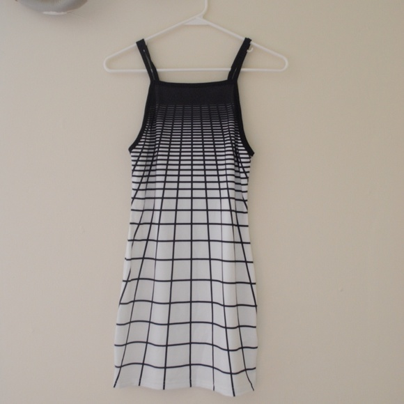 Dresses - ***SOLD*** OMBRÉ GRID DRESS