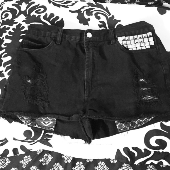 Forever 21 Pants - High waisted distressed/studded shorts
