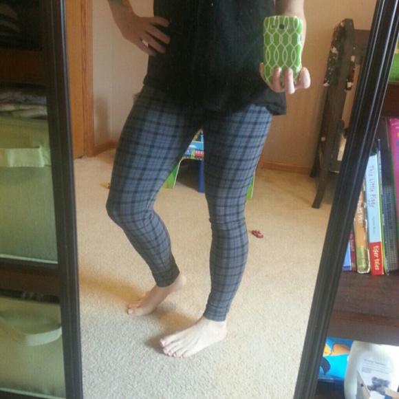 VS Pink Yoga Pants From Sarah's