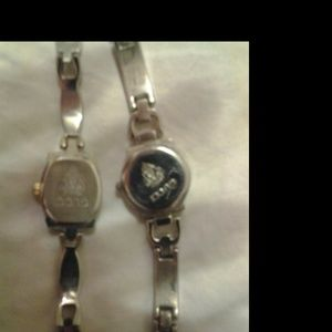 c1830e3abb2 Gucci Jewelry - Womens Gucci watches (vintage)color changing face