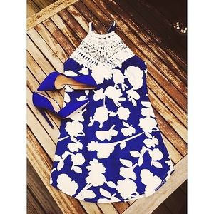 Dresses & Skirts - Crochet royal blue dress