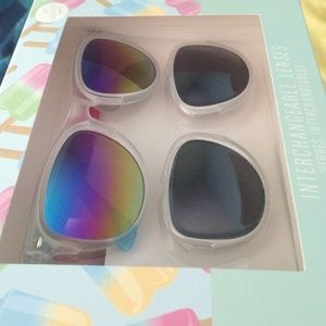 Aeropostale sunglasses with interchangeable lenses