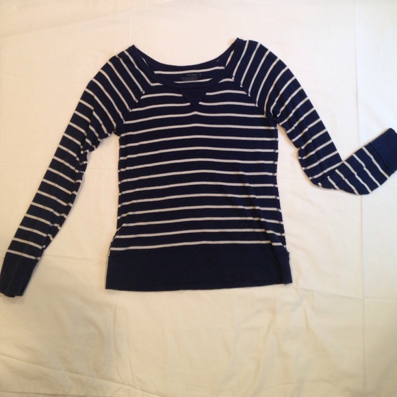 Navy blue and white striped long sleeve shirt poshmark for Navy blue striped long sleeve shirt