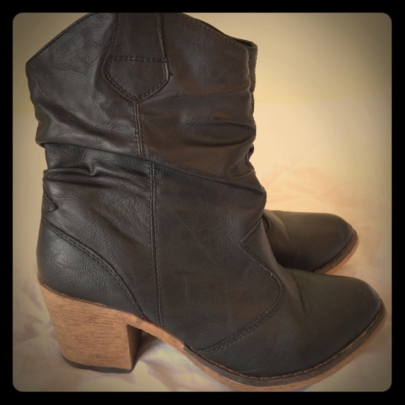 shoe dazzle black leather boots booties from abby s