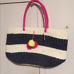 Old navy straw bag, brand new.
