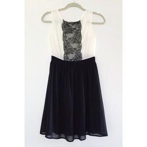 Soprano Dresses & Skirts - 🎉 HOST PICK! Black & White Lace Chiffon Dress