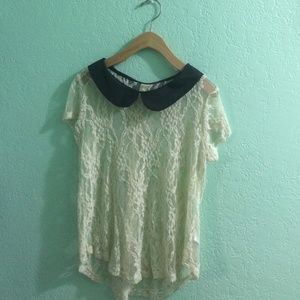 Tops - 😻Shabby Chic Lace Top😻