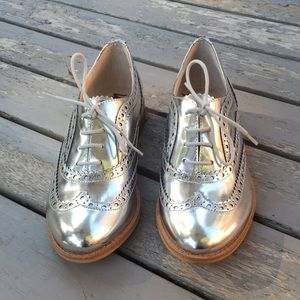 6662597cb Sam Edelman Shoes - Sam Edelman Silver Oxfords