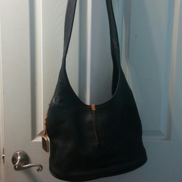 bf5e50af4f9 Ugg Black Leather Crossbody Purse