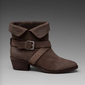 New with box joie leather booties
