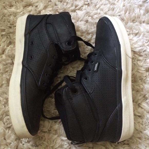 6ae4dc174dc73 Vans black high top shoes boys 4.5, women 6
