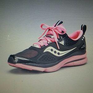 Saucony Grid Profile Sneaker size 7.5